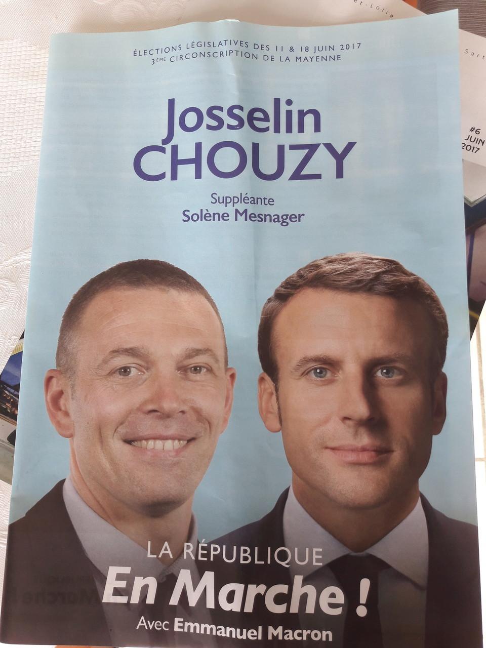 """Affiche électorale """"en marche"""" pour les élections législatives 2017"""