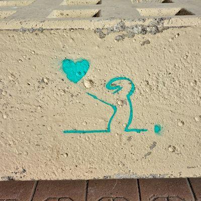 Tag de La Linéa qui dessine un cœur